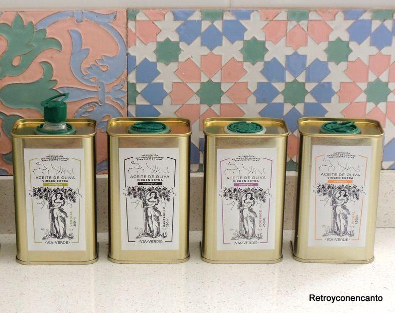 Retro y con encanto p jaros enlatados for Lavaplatos para esquinas