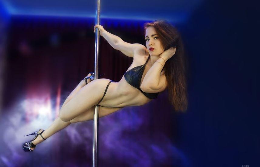 AngelaWhity Model GlamourCams