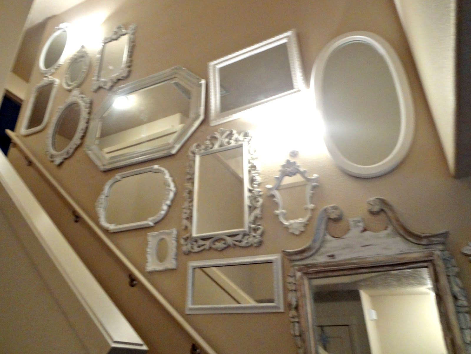 Shabby Chic: Mirror Mirror On The Wall