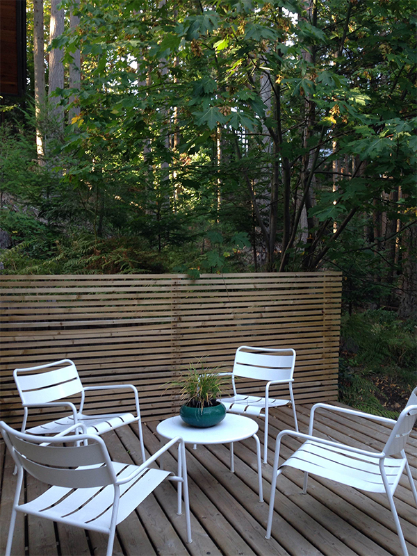 Outdoor patio and lounge space at Nectar Yoga Bed and Breakfast in Bowen Island, Horseshoe Bay, Vancouver.