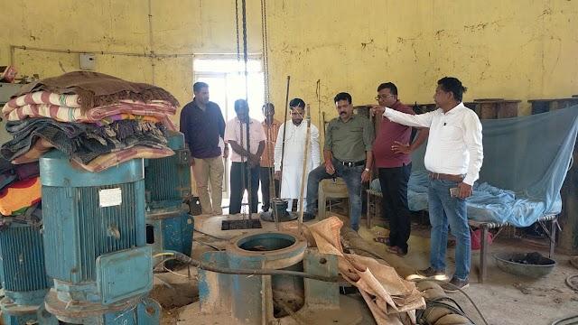 समस्या : जशपुर में गहराया जल संकट,नगर पालिका उपाध्यक्ष ने जल आपूर्ति के लिए की पहल,शहर से 10 किलोमीटर दूर पंप में तकनीकी खराबी,आज शाम तक जल आपूर्ति बहाल होने की उम्मीद,नागपुर से मंगाया जा रहा 40 HP का पम्प