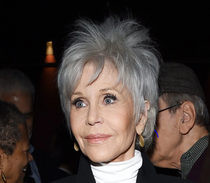 Jane Fonda shows how stunning grey hair can be on an older woman