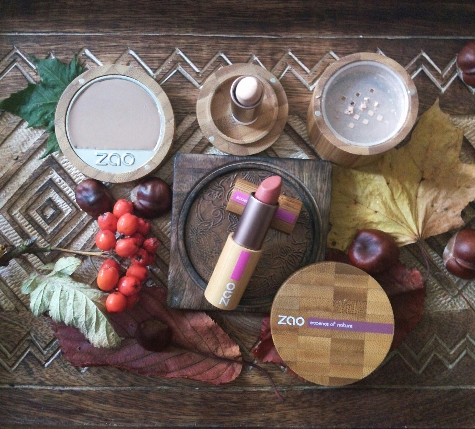 Green Life in Dublin: Zao Organic Make Up Review