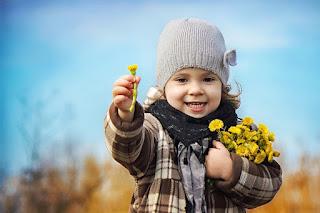 Bucuria de a darui