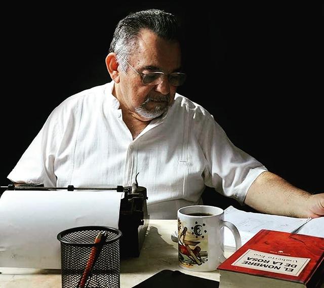 El suspenso está centrado en el hallazgo de un códice maya, la desaparición del documento y del líder del proyecto y… la aparición de un cadáver.