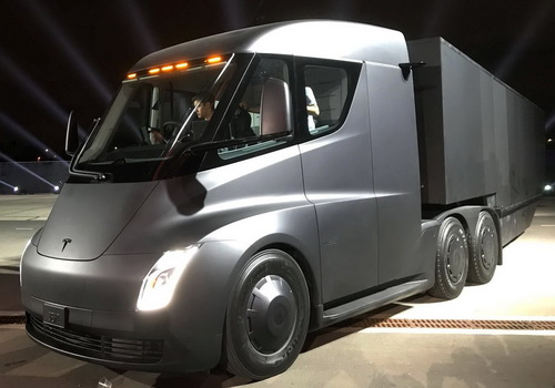 Tinuku Elon Musk unveils Tesla Semi trucks and Roadster sports car