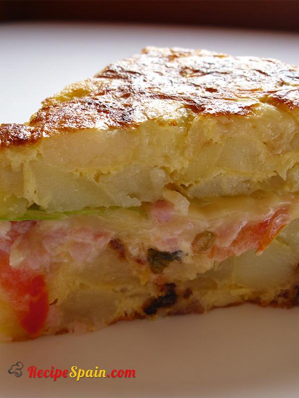 Stuffed Spanish omelette