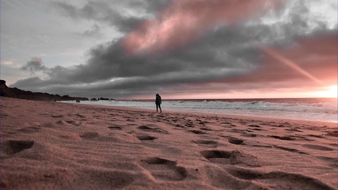 Caminhando pela Praia, Areia, Natureza, Entardecer