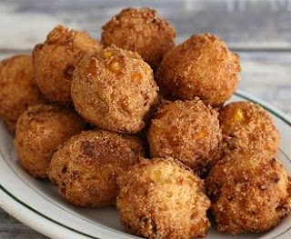 good side dish for fish and chips, homemade hush puppies, how to make hush puppies, southern recipe