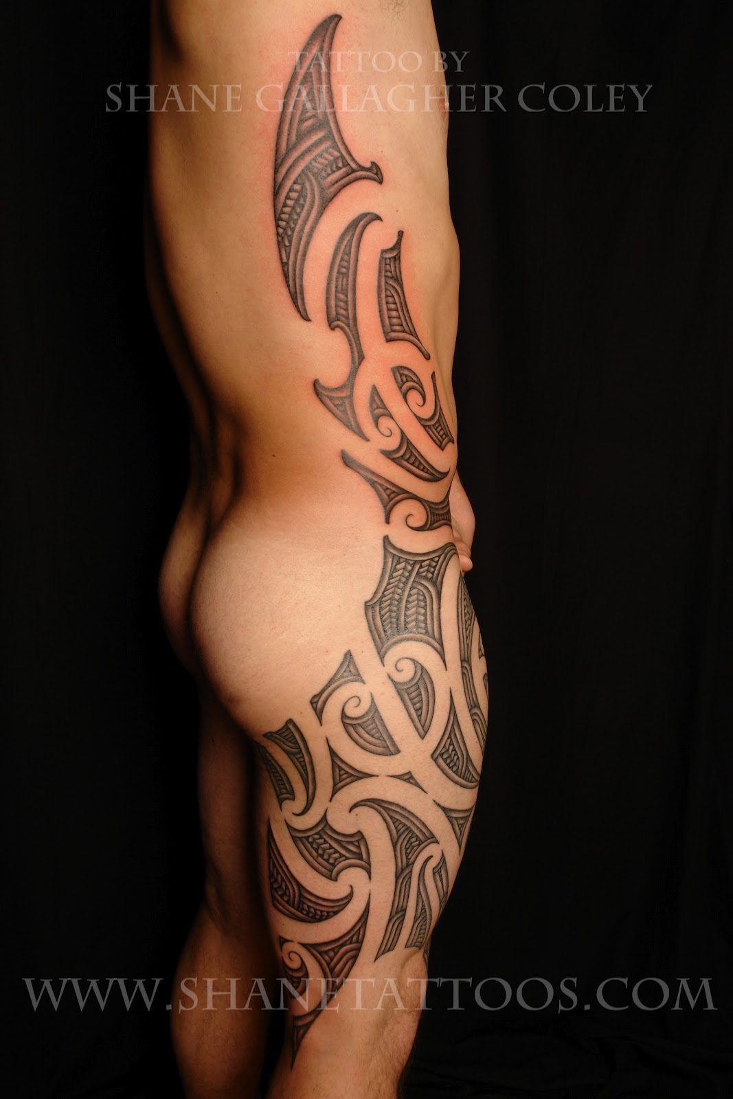 MAORI POLYNESIAN TATTOO: Maori Thigh And Side Tattoo