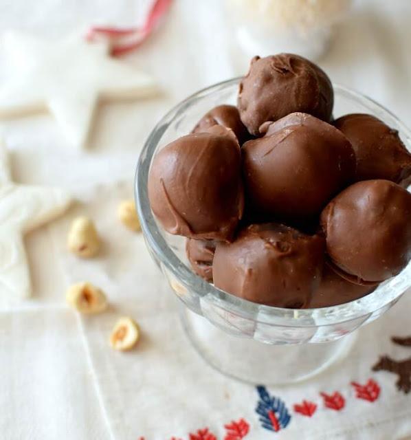 Bombones caseros de chocolate tipo toronto, golosina venezolana