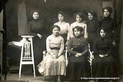 ancienne photo d'école noir et blanc