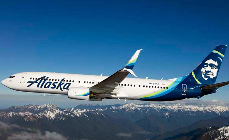 Alaska Airlines Flight Attendants Will Issue a Yellow Warning Card to Passengers Who Don't Wear a Mask