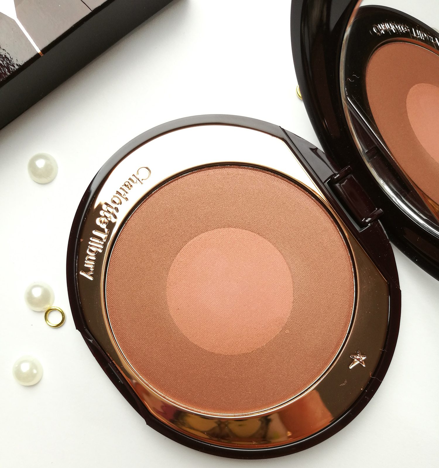 charlotte Tilbury - the climax cheek to chic