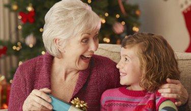 Gente Feliz En Navidad.Felices Sin Cuenta Navidad En La Tercera Edad