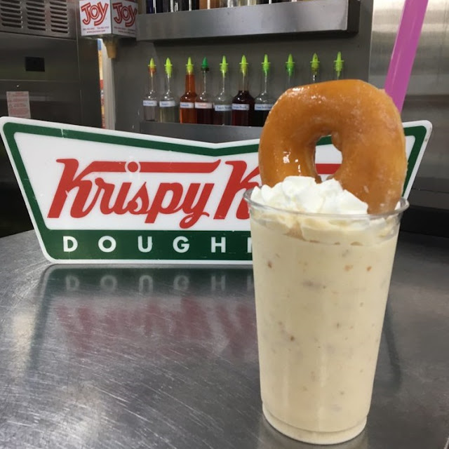 Milkshake com donuts da Krispy Kreme em Miami