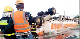 Petrol Tanker Falls in Lagos State, Spills content on Road.