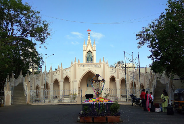 our lady of fatima, mount mary, bandra, street, mumbai, incredible india, heritage, history, oratory, blue sky, skywatch