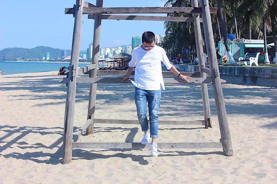 Trên bãi biển đẹp Nha Trang