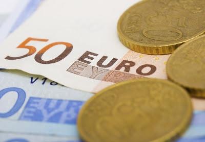 Miten sijoittaa 10 000 euroa?