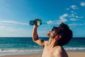 Pelbagai Kebaikan Mengambil Air Kosong Bagi Kesihatan