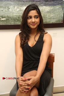 Telugu Actress Kamna Singh Stills in Black Dress at Bharat Thakur Art Exhibition Launch  0130.jpg