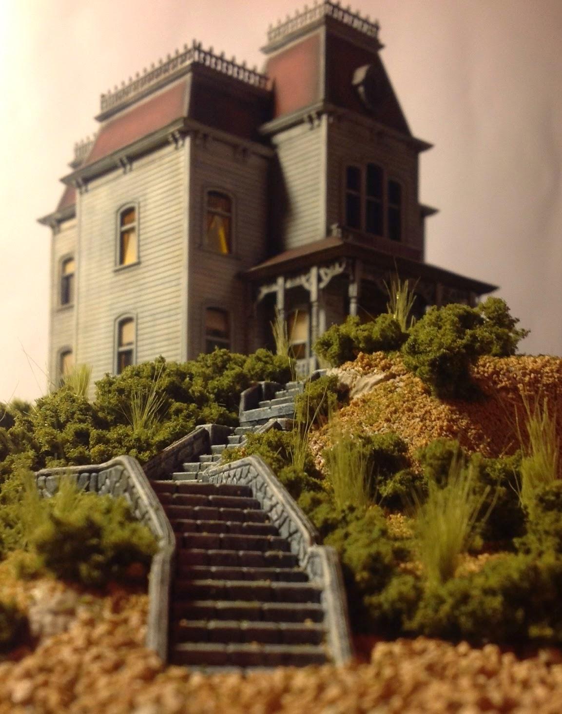 Scale Model Psycho Bates Mansion Polar Lights