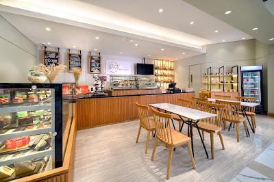 kampanyekan-psbb-duta-bakery-holiday-inn-suites-jakarta-gajah-mada-hadirkan-layanan-antar-bagi-pecinta-kue-dan-roti