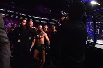 Khabib Nurmagomedov defeats Conor McGregor