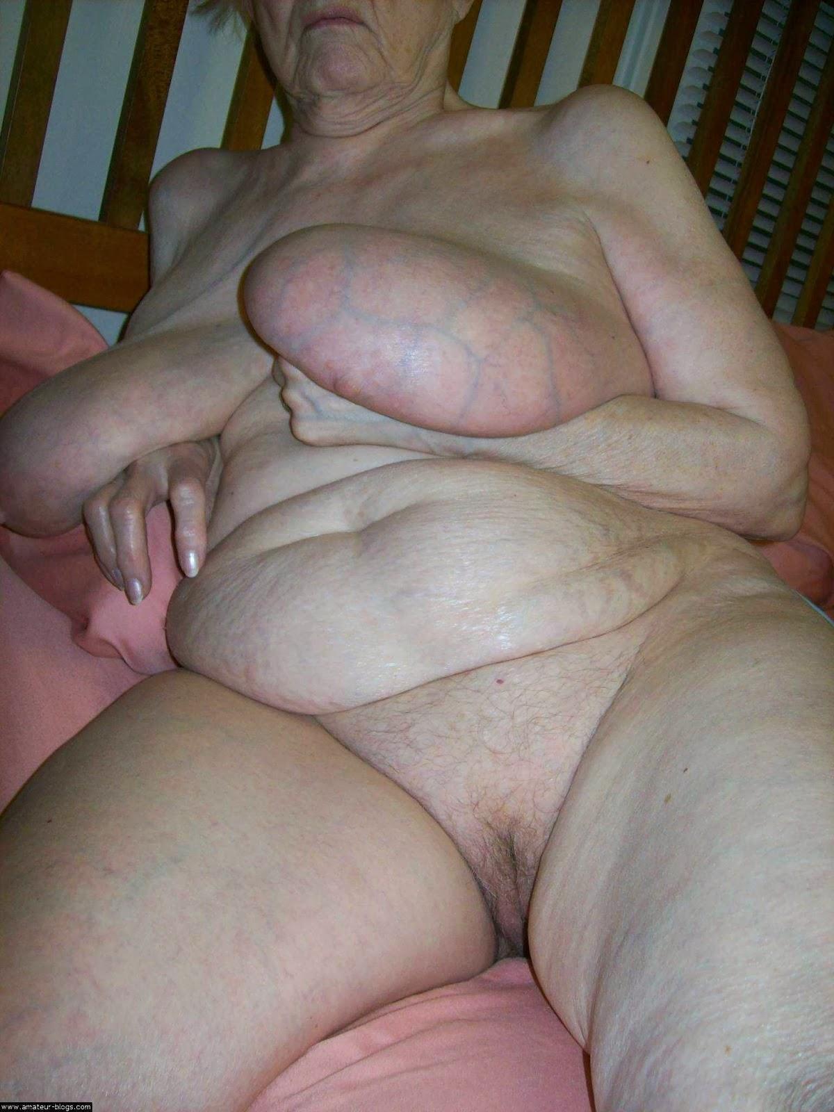 I love mature boobies