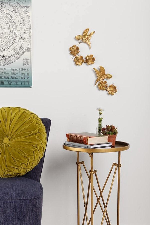 Escultura dorada vintage de pared pequeña