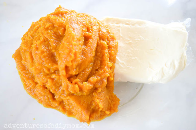 pumpkin puree and cream cheese