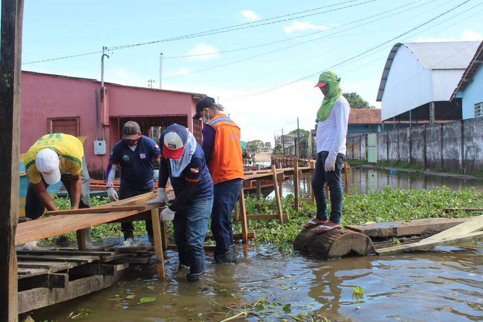 Helder homologa situação de emergência em Óbidos devido à cheia do rio Amazonas