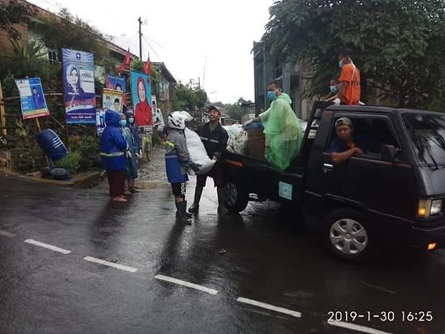 Pengelolaan sampah warga