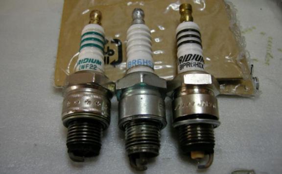 разновидности свечей для хонда леад аф48