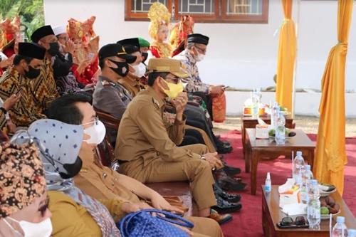 Resmikan Gedung Kantor Wali Nagari Simalanggang, Bupati Limapuluh Kota Imbau Masyarakat Taat Prokes Covid 19