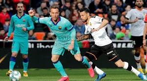 برشلونة يسقط امام فالنسيا بثنائية في الجولة 21 وتصبح صدارة الدوري الاسباني في خطر