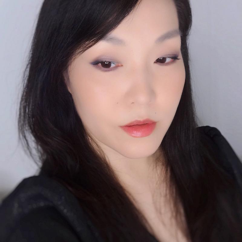 Chanel Fall Winter 2021 makeup look