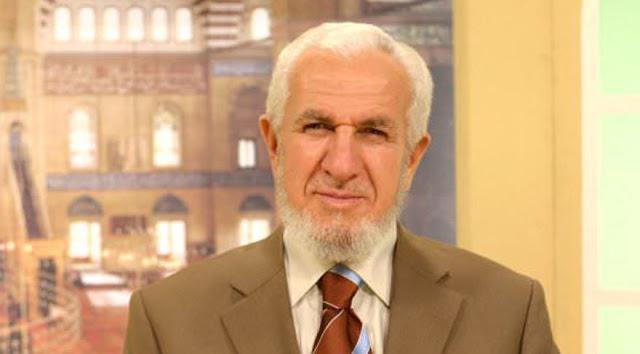 Prof. Dr. Cevat Akşit Hoca kimdir? aslen nerelidir? kaç yaşında? çocukları, biyografisi ve hayatı hakkında kısa bilgiler.