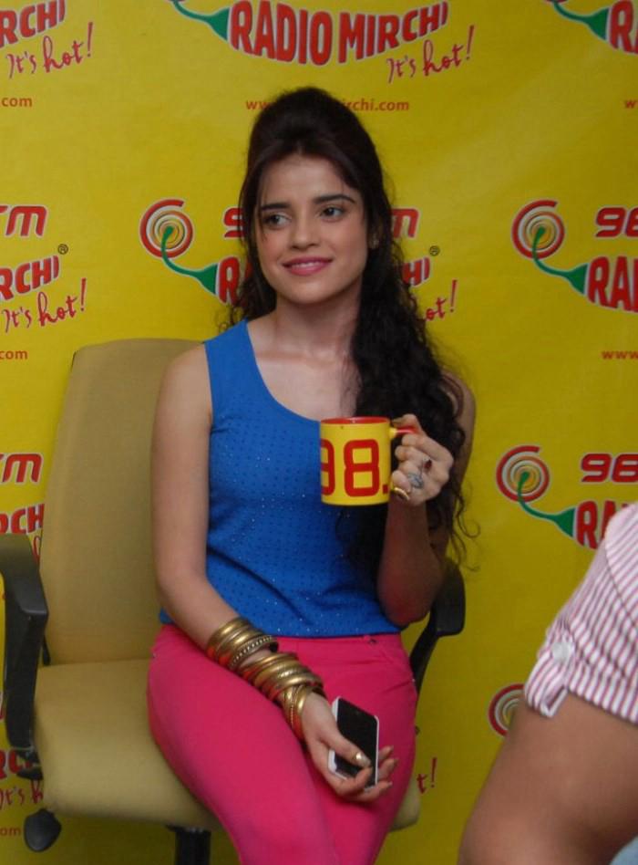 Piaa bajpai latest photos at radio mirchi
