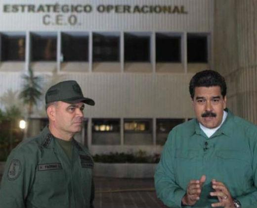 """Ahora Nicolás """"apadrinado"""" transmite desde el C.E.O y ordena la restructuración de cinco puertos"""