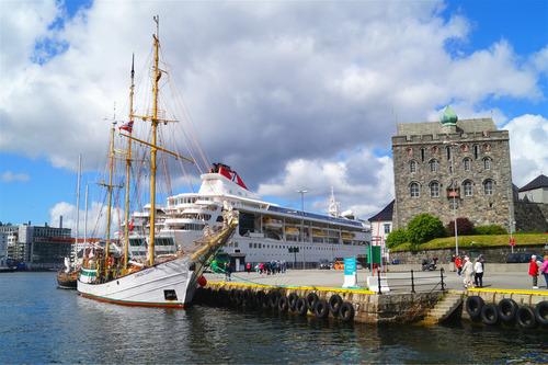O que fazer em Bergen além dos fiordes? Rosenkrantz Tower