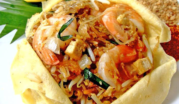 Koh Samui Koh Samui street food - Thailand - visit Thailand - travel - list of Koh Samui restaurants - Southeast Asia Samui-Tao-Phangan - Thailand trifecta - Thailand island trifecta - Bacolod blogger - travel blogger - family travel - pad thai