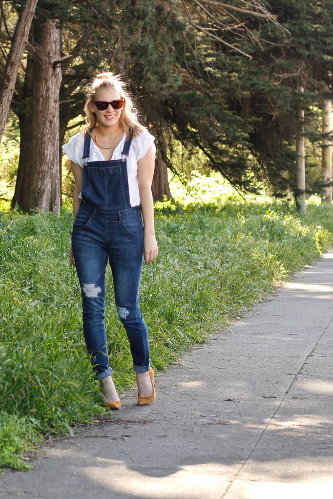 Shae Roderick, overalls, outfit, look, J.Crew, pumps, blouse, bun