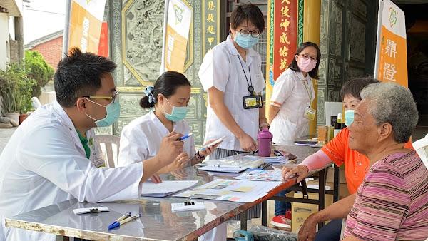 彰濱秀傳骨質疏鬆篩檢車到趙甲社區 骨質密度檢查服務鄉親