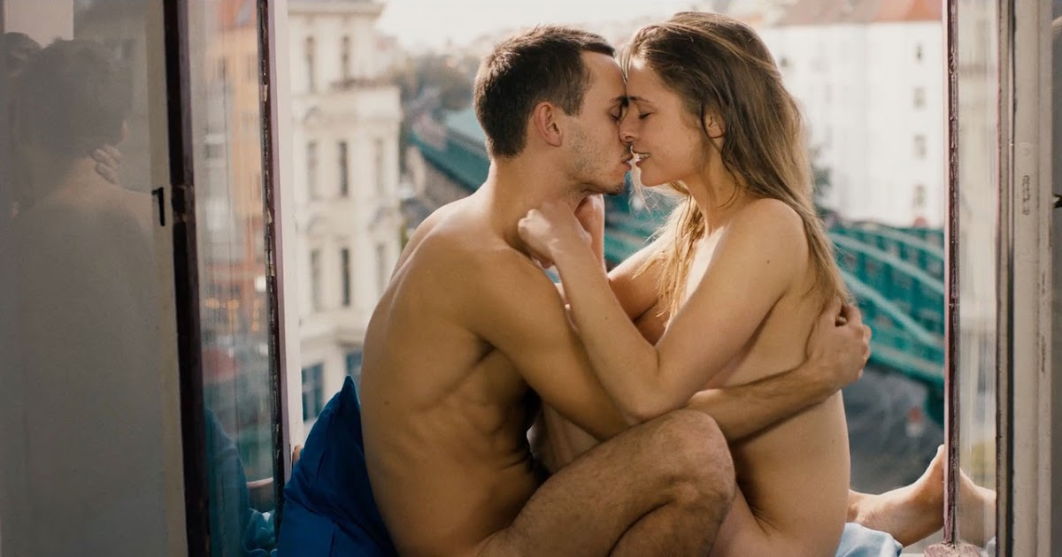 Which hollywood sex symbols actually have sex on screen