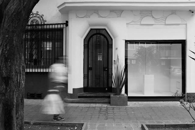 """Cristóbal Gracia presenta """"Presagios de muerte"""" en Proyecto Vitrina de Arredondo \ Arozarena"""