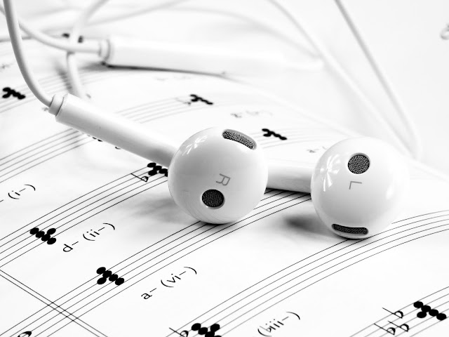 Best Tips To Select Your Headphone