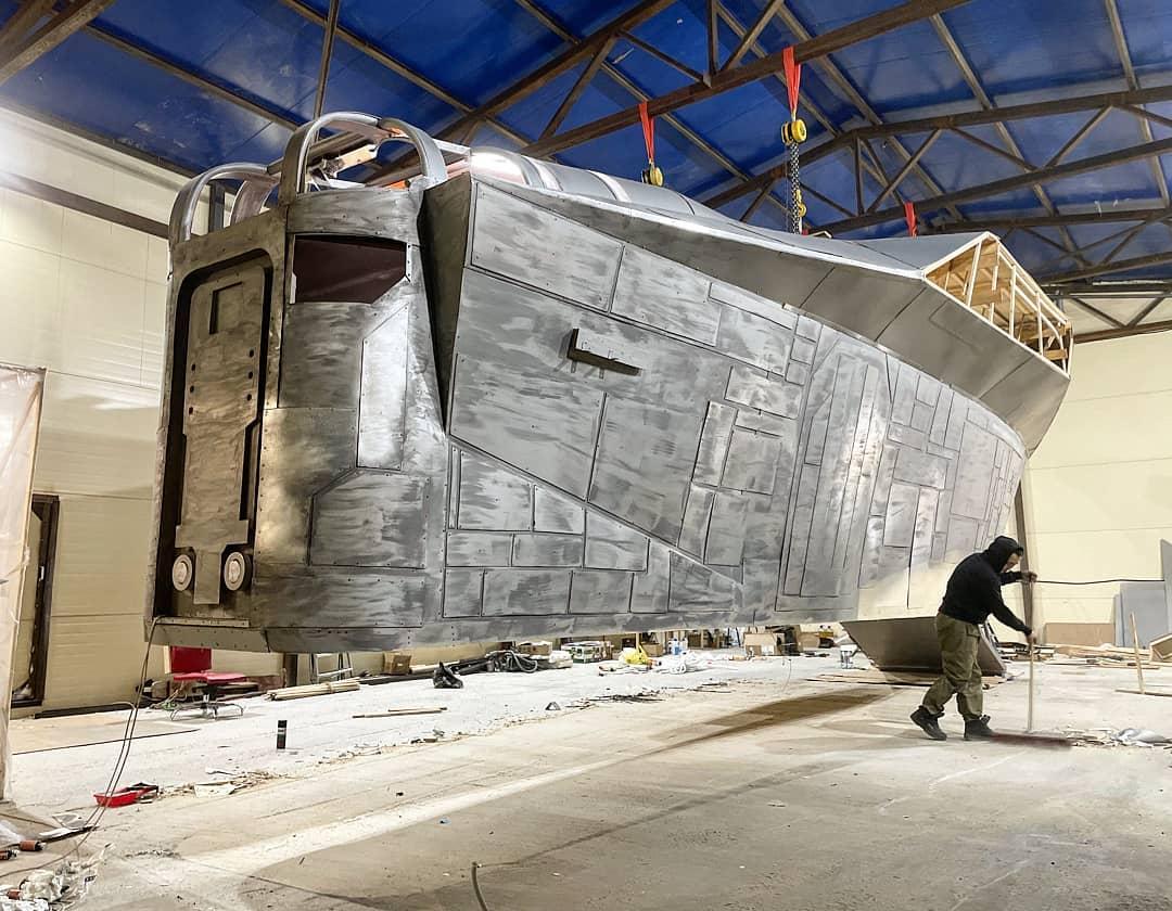 Super fãs de The Mandalorian estão construindo sua versão da nave Razor Crest