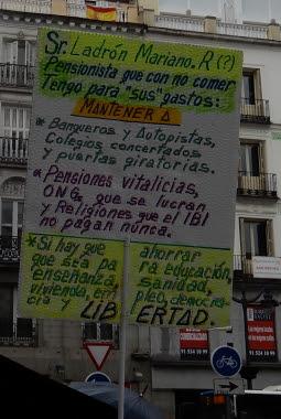 pancarta cuyo texto se repite en el cuerpo del post